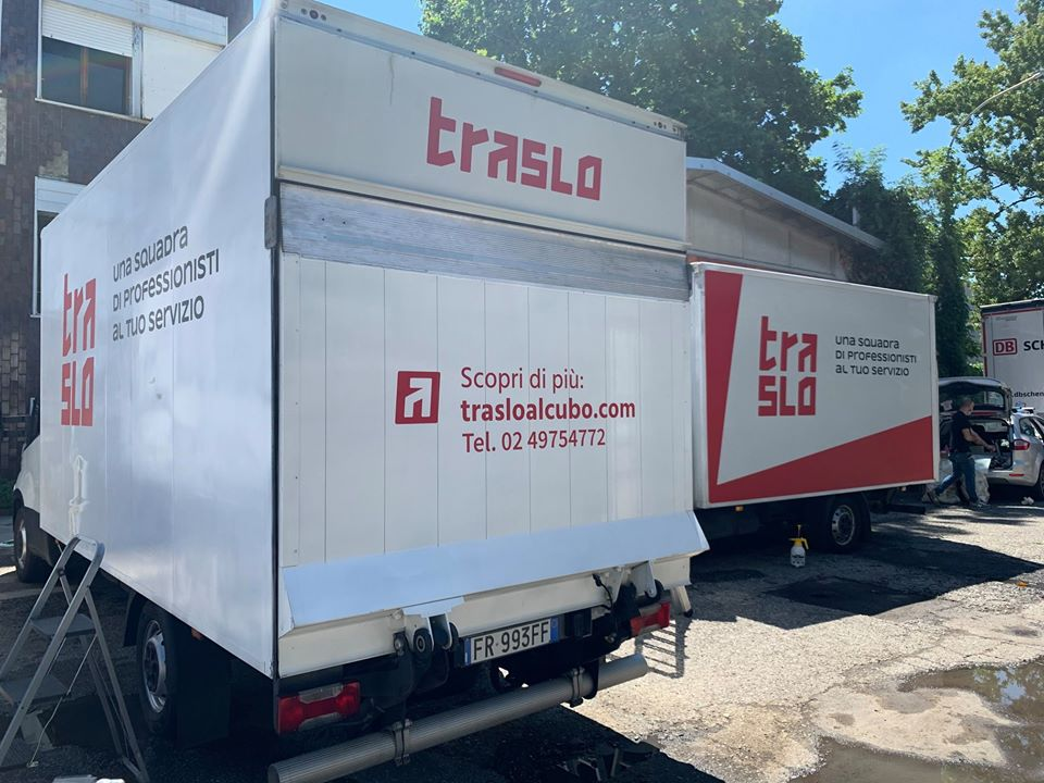 scritte-furgone-trasloco